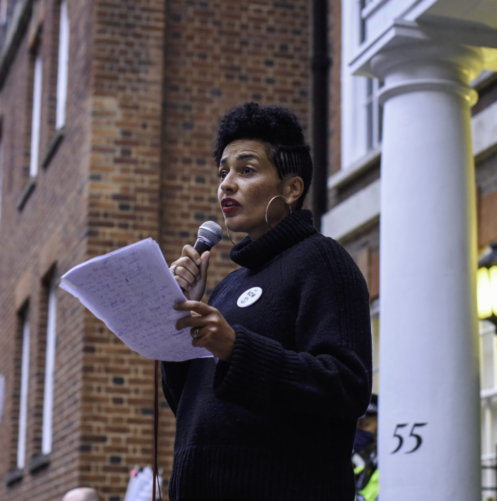 Photo of Zadie Smith speaking at Tufton Street by Kelly Hill.